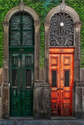 Porto - portas rua da 3º porto Voyage insolite, Version Voyages…