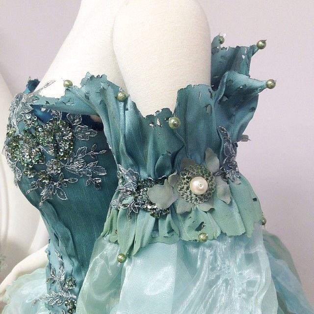 ~Seafoam Fairy Sleeve Details~ Off the shoulder separated from bodice.They look like splashes of water with green pearls at the tips #seafairy #faerie #seafoam #masquerade
