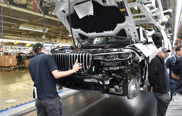 BMW X7 pre-production starts at US plant debut in late 2018  The BMW X7 has now reached the pre-production stage in its long journey to market.  BMW originally announced plans for the full-size 3-row SUV in early 2014 and now almost four years on near-production ready examples are rolling off the line at the automakers plant in Spartanburg South Carolina which has grown to become the center of excellence for the X-badged models.  The pre-production X7s are used for final testing as well as…