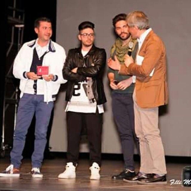 """Giuseppe Capoluongo autore e protagonista del Musical """"Don Peppe Diana, per non dimenticare"""" con due protagonisti del musical insieme al direttore artistico del Non Tacerò Social Fest Antonio Trillicoso, un attimo prima della loro performance di alcuni brani tratti dal musical di grande successo, musicato da Nino d' Angelo e Gigi Finizio -------------------------------------------------------------'------------Segui @nt_socialfest_2015 usa l' hashtag #nontacerosocialfest per creare una…"""