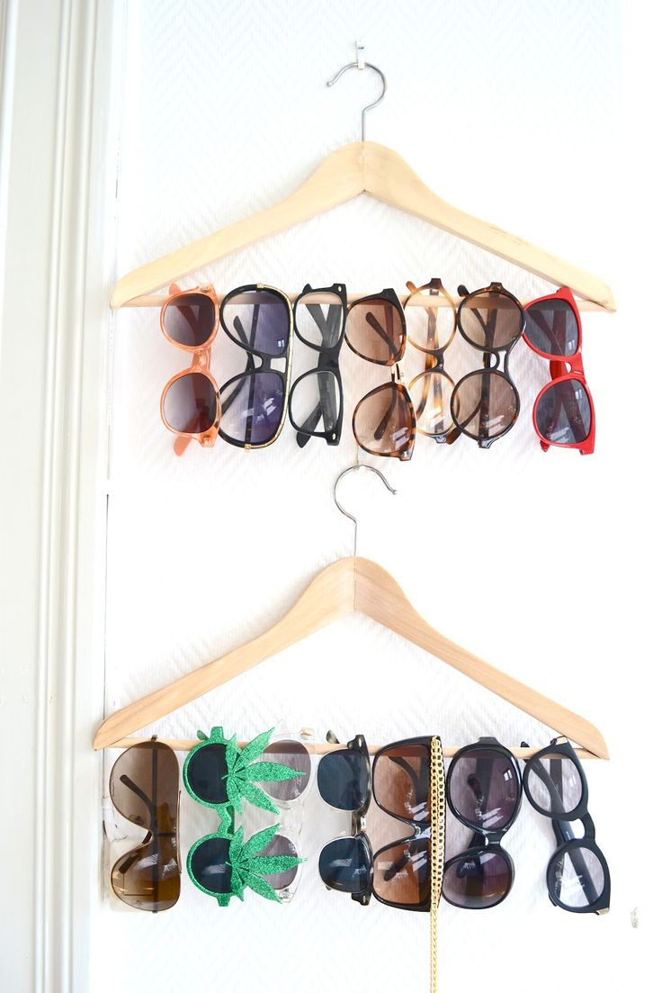 DIY Sunglass Display...I have a million pairs, so this would do me good!