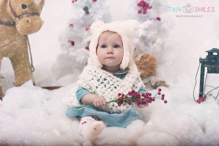 www.facebook.com/tinysmiles Bucharest Children Christmas studio photo session