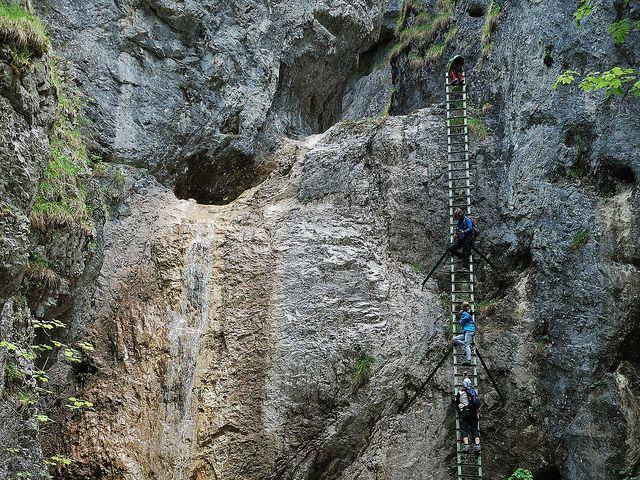 Piecky - Velký vodopád (12m) by petrolinv, via Flickr http://our.travel