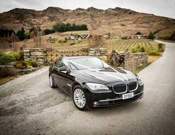 BLACK : Exclusive and Luxury Car Services