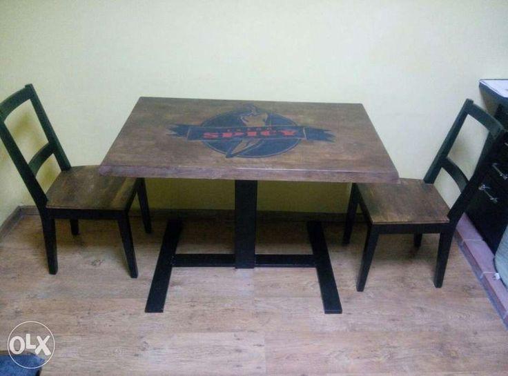600 lei: Masa bucatarie, lemn masiv, scaune lemn Culorile, desenul si dimensiunile mesei la alegere Pret masa 600 Pret scaun 150