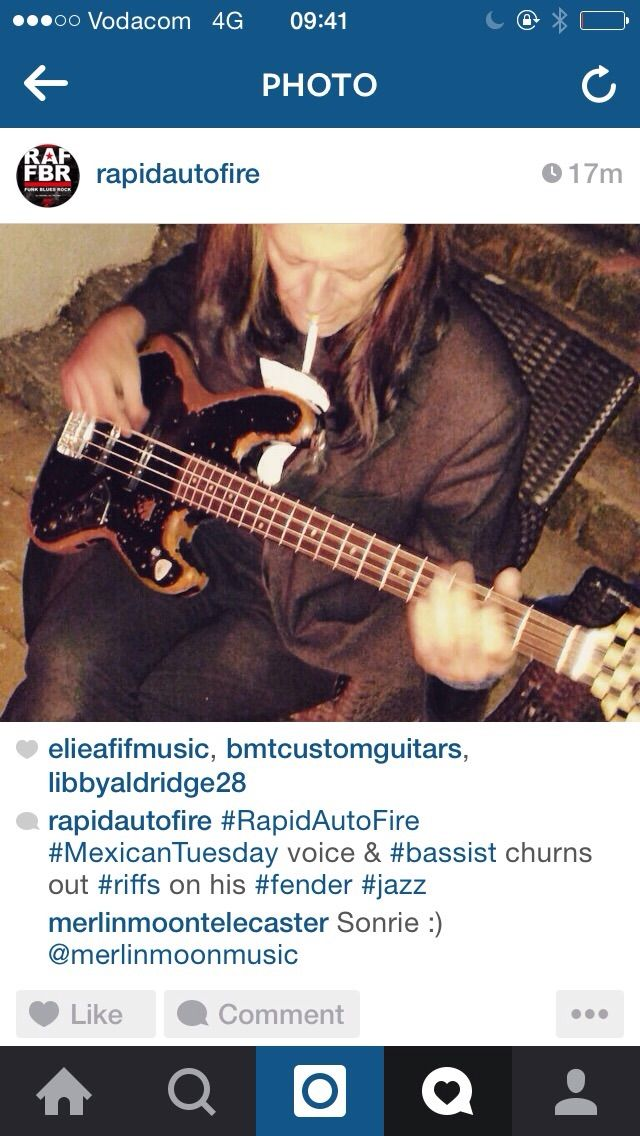 Rapid Auto Fire Twitter-post. Mo on bass.
