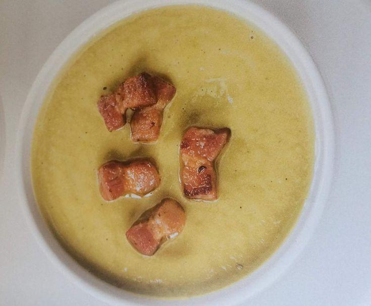 Recette Soupe pois cassés aux lardons par sandra4559 - recette de la catégorie Soupes