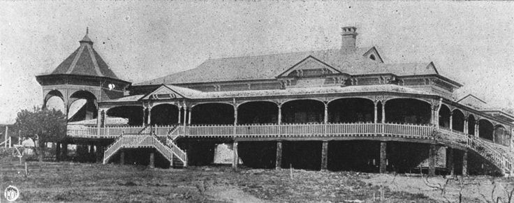 Barambah Station homestead in the Murgon district, Queensland, 1906. An iconic Queenslander.