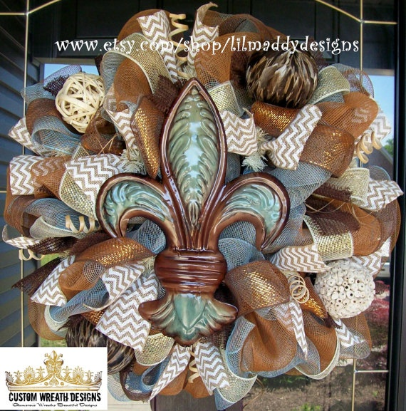 Hey, I found this really awesome Etsy listing at http://www.etsy.com/listing/151275983/brown-and-blue-fleur-de-lis-wreath