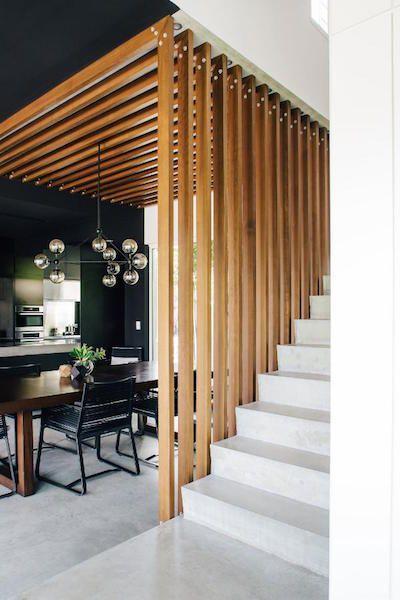 parapetto in legno stile moderno
