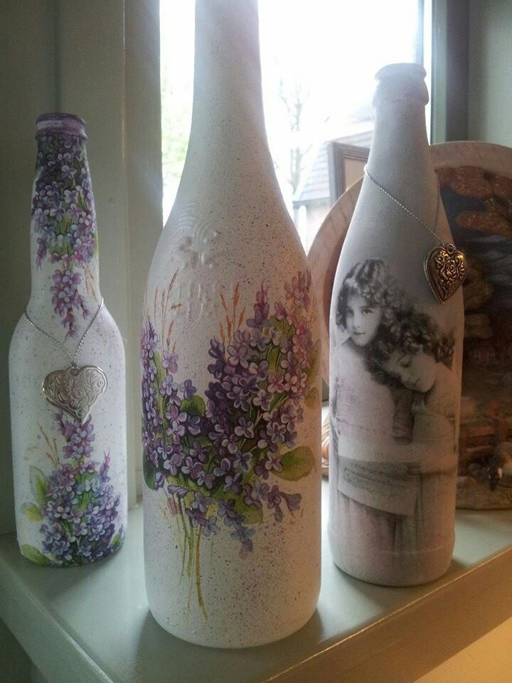 Bottles and Napkins.....beautiful.