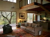Open modern living & fresh mountain air! www.mountainnest.com.au