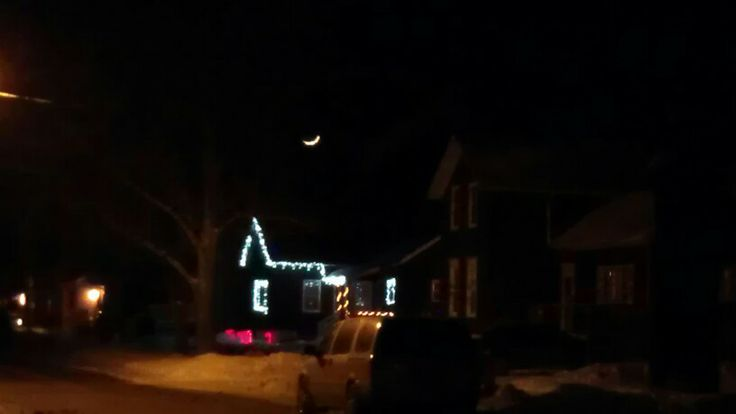 The moon is smiling because the Polar Vortex left