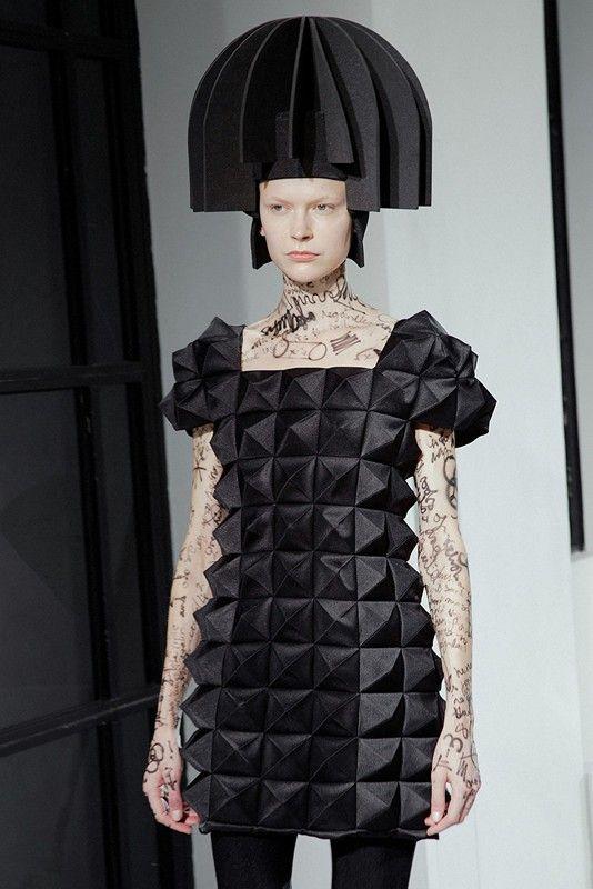 Geometric Fashion - sculptural hat & faceted dress; wearable art; architectural fashion // Junya Watanabe A/W 2015