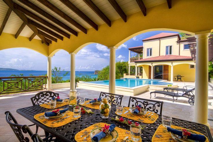 Villa Ariana een verfijnde tropische vakantievilla en beschikt over vier slaapkamers heuvels van Tortola West End op Smuggler's Cove Britse Maagdeneilanden