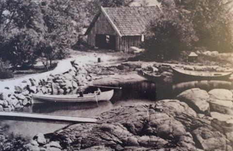 Lagune: Før Krabbedammen ver det en naturlig lagune på stedet. I bakgrunnen et bygg der Colin Archer bygget sine første båter.