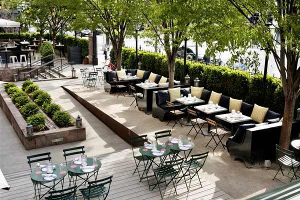 High Line Hotel summer restaurant and bikes