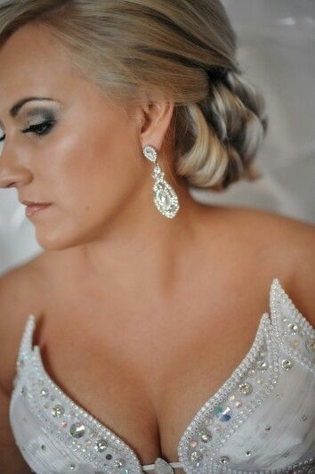 Bridal makeup, hair and jewellery