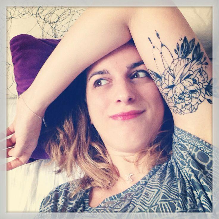 pivoine tatouage inspiration pinterest draw tatoo. Black Bedroom Furniture Sets. Home Design Ideas