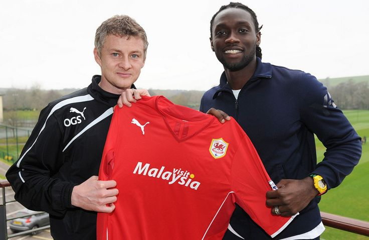 Kenwyne Jones joins the Bluebirds
