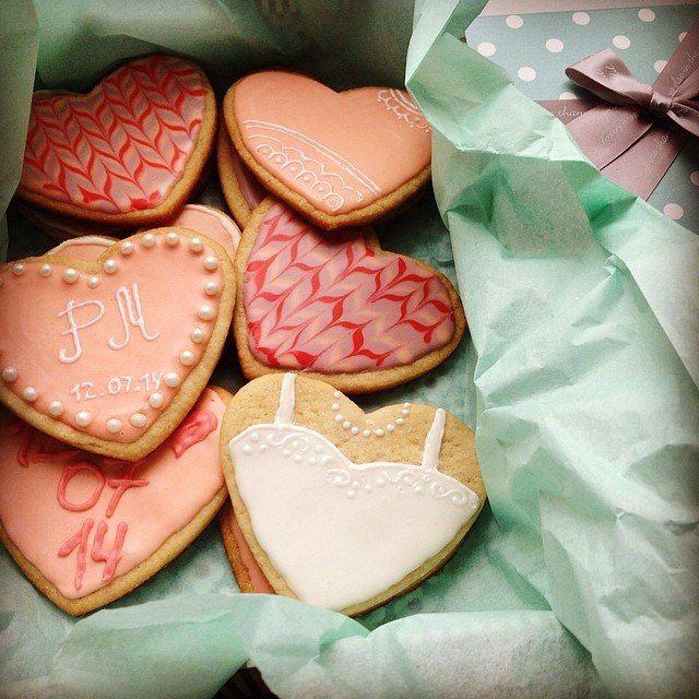 Wedding Royal Icing Cookies. Hearts  Печенье, покрытое сахарной глазурью. Сердце
