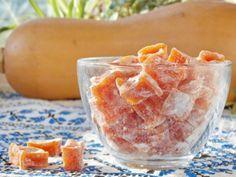 Кусочки янтаря, сохранившие на зиму солнце, свет и аромат Лета, – вот что такое цукаты из тыквы!    Даже если Ваши домашние не любят блюда из тыквы – то эти сладкие оранжевые конфетки будут разлетат…