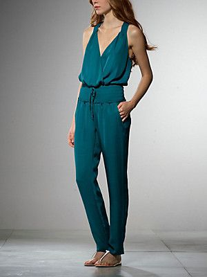 Buy Light voile jumpsuit, deep neckline, with tucks at the waist, drawstring belt, to give softness to the waist, with metal Patrizia Pepe fly