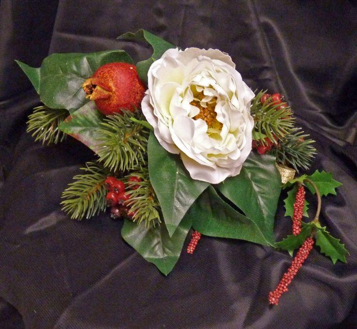 Grabaufleger - Strauß mit weißer Wildrosenblüte
