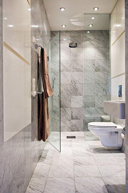 Carrara and white bathroom