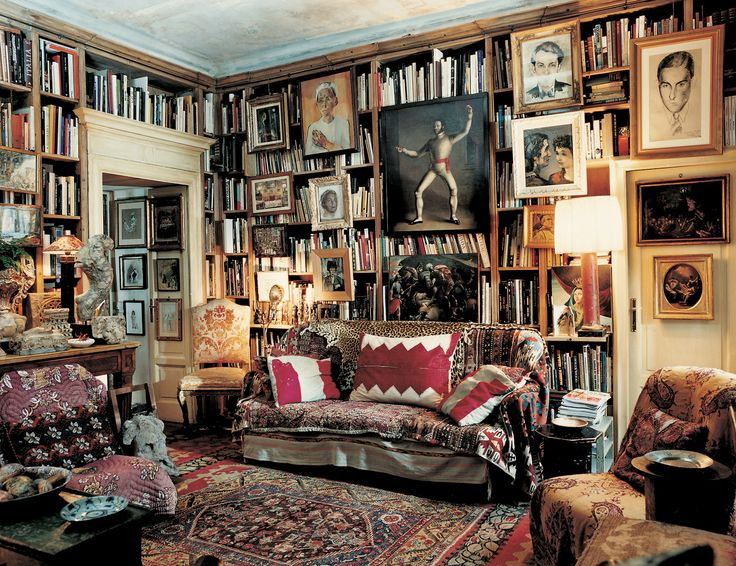 A library in a Milan apartment. François Halard/Trunk Archive l T WINTER LUXURY - T Magazine