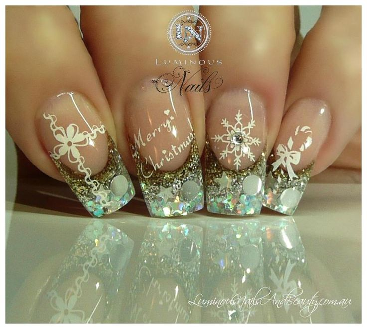 Pin by Heidi Barry on ~*~Nails~*~ | Pinterest | Holiday nail art ...