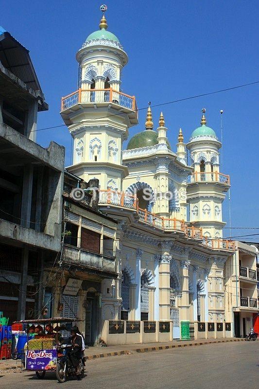 The elegant Soorti Sunni Jamai Mosque in the southern town of Mawlamyine, Myanmar (Burma)