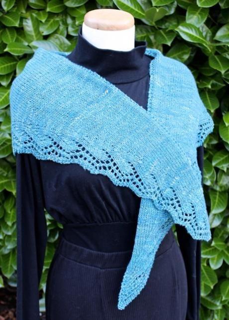 Debbie Macomber Knitting Patterns : Bakersfield Shawlette Debbie Macomber Knitting Pinterest Debbie macomber