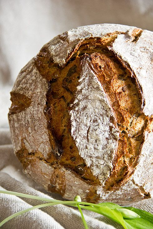 Leserwunsch: Bärlauchbrot [a/k/a Reader request: garlic bread]