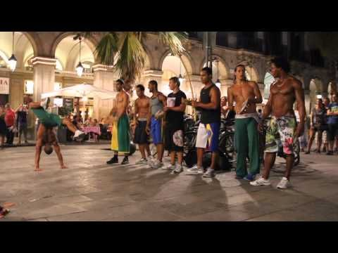 Cool Video Capoeira Dance Battle