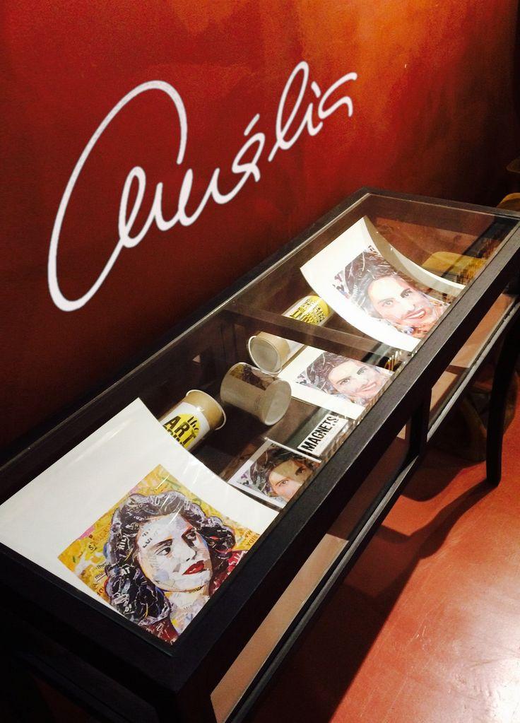 É com muita honra que anunciamos que  os nossos produtos encontram-se à venda  na CASA MUSEU AMÁLIA RODRIGUES! /  3ª a Domingo - 10h-13h / 14h-18h Rua de Sao Bento 193 Lisboa Portugal 1250-219 Lisboa