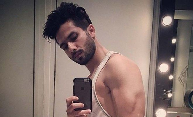 Shahid Kapoor joins the judge's panel in the reality dance show, Jhalak Dikhla Ja