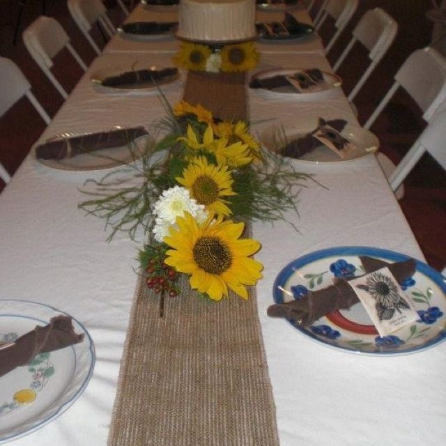 Sunflower Centerpiece Decorations with Burlap | Sunflower ...
