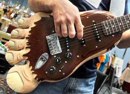 Big Foot Guitar