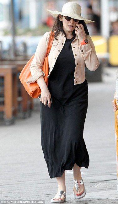 Nigela Lawson wearing FitFlop Electra
