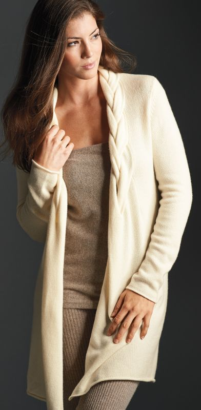 A detailed braided shawl collar gives a unique and stylish touch to our cozy Cashmere Braided Cardigan.