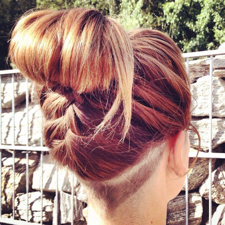 braid ombre hairstyle summer blonde trim neck