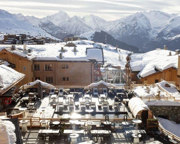 La Terrasse D Hubert En 2020 Terrasse Piscine Chauffee Hotel