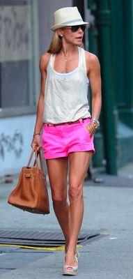 kelly ripa -- love the hot pink shorts