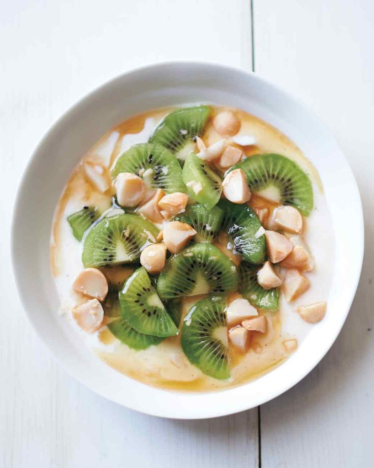 Yogurt with Kiwifruit and Macadamias http://www.zesprikiwi.com/kiwifruit-recipes/appetizers-salads/baked-brie-with-spicy-kiwifruit-compote