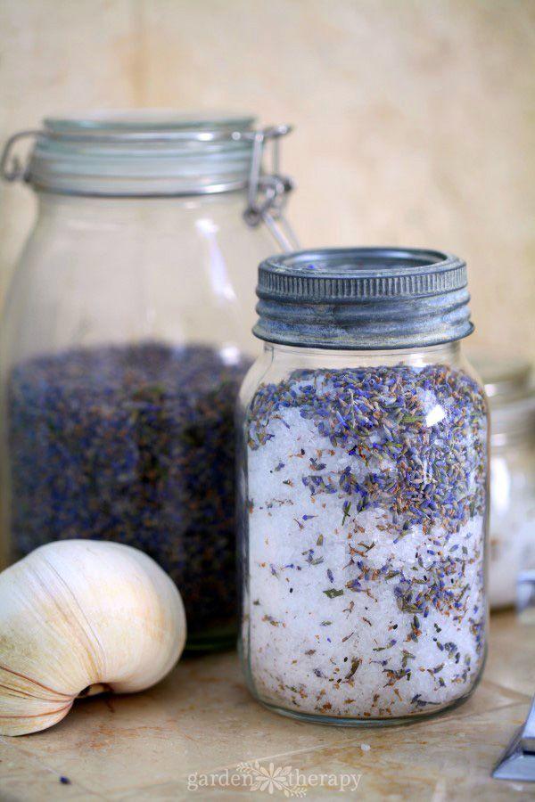 Lavender Bath Salts Mason Jar #gardentherapy #bathsalts #Lavender #naturalbeauty #Plantbasedbeauty