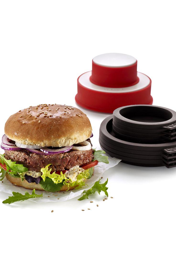 Burger Kit fra Lékué = Bøf og bageform. Form til små og store bøffer.  8 bageforme til burgerboller i 2 str. #grill #grillinspiration #grilltips #inspirationdk