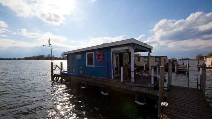 Ein Hausboot, ein kunterbuntes Hausboot; Das Bunbo