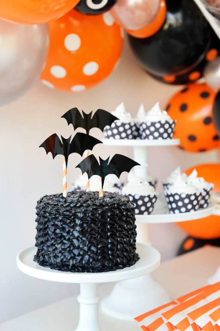 Get in the Trick-or-Treat mood with these spooky ideas from Happy Wish Company