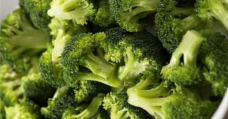 Jak upravit brokolici, aby si zachovala vitamíny i krásnou barvu